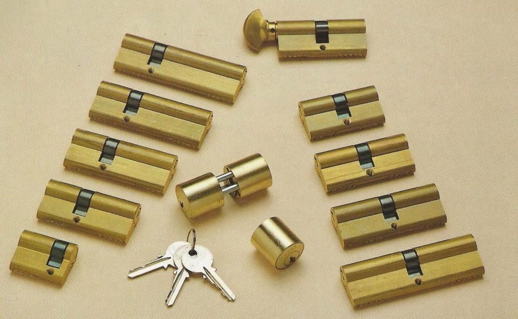 Amaestramiento de cerraduras y candados con llave maestra y super maestra 2